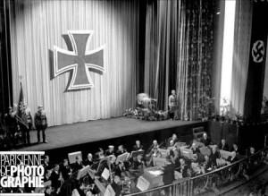 Guerrre 1939-1945. Soldaten Kino, salle de cinéma pour les Allemands. Paris, mars 1943